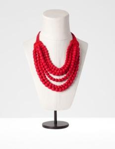 I love my fabric beaded necklace from Stradivarius (Spain).